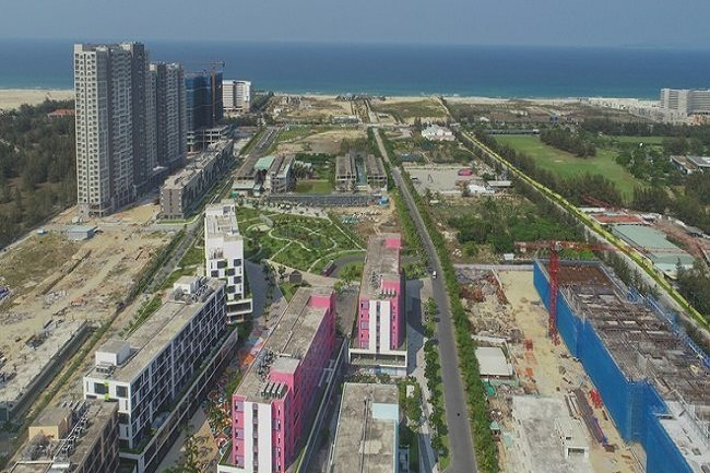 Experts warn of risks of condotel projects