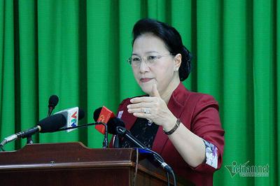 Chủ tịch Quốc hội trả lời cử tri về tình hình Biển Đông