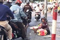 HCMC races to confront street beggars