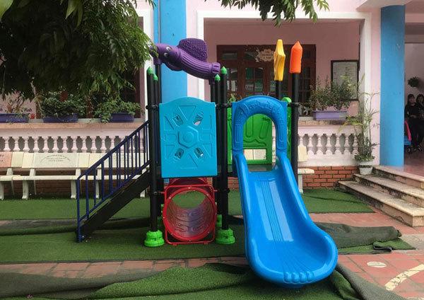 Three teachers suspended following toddler's death in Hanoi