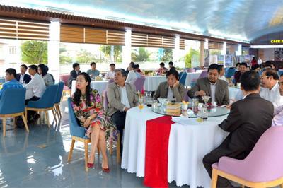 Café doanh nhân ở Quảng Ninh - giúp doanh nghiệp đón sóng 4.0