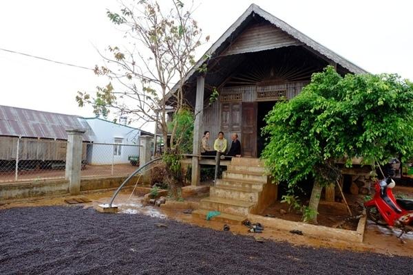 NTM ở Buôn Ma Thuột: Nhiều ngôi nhà mới mọc lên thay cho những ngôi nhà cũ kỹ