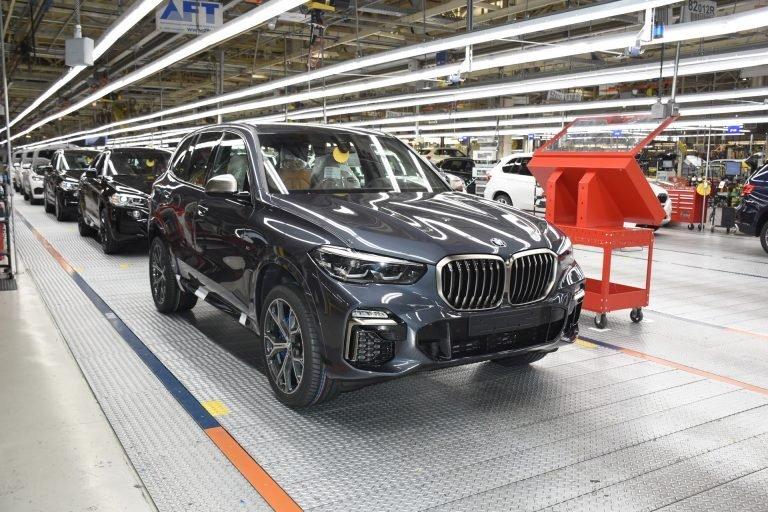 Ảm đảm doanh số của các nhà sản xuất ô tô trên toàn cầu năm 2019