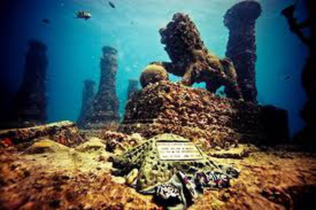 Thành phố người chết dưới lòng đại dương