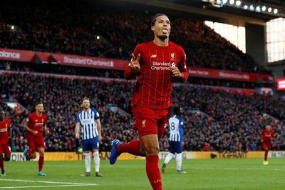 Van Dijk lập cú đúp, Liverpool thắng hú vía