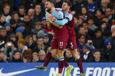 Chelsea thua cay đắng trước West Ham