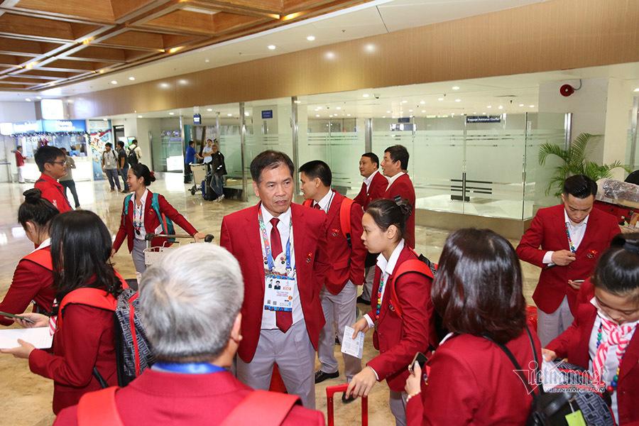 Tránh siêu bão, đoàn thể thao Việt Nam đổi chuyến bay sang Philippines