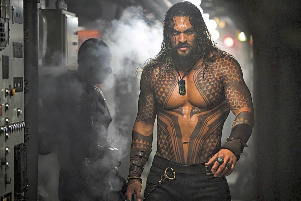 Tài tử 'Aquaman' được bầu chọn là 'Người đàn ông của năm'
