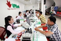 Cash habit, poor infrastructure prevent to non-cash economy in Vietnam