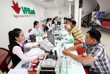 Cash habit, poor infrastructure prevent to non-cash economy in Vietnam