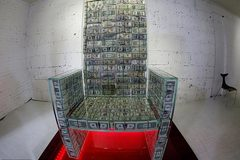 Ngắm ngai báu triệu đô độc nhất vô nhị trên thế giới