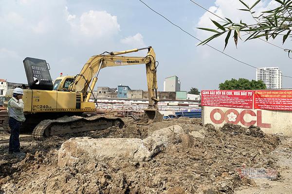 Dự án bị tố chiếm đường của dân xây dựng sai phép