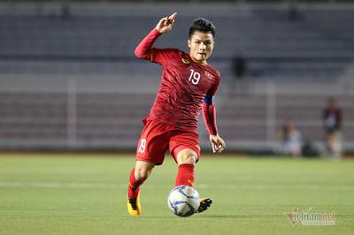 Quang Hải tiết lộ liều doping từ thầy Park trong giờ giải lao