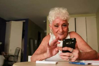 Cụ bà 83 tuổi đi tìm 'chân ái' sau 1 thập kỷ chỉ tình 1 đêm