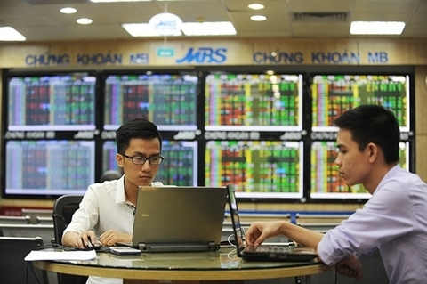 VN brokerages rush to raise capital