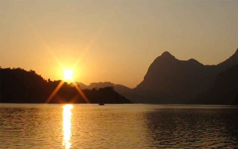 Na Hang Lake a smaller version of Ha Long Bay