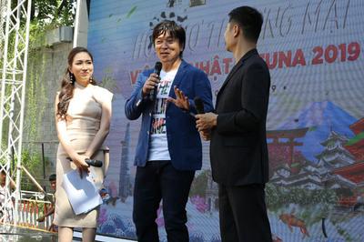 Ca sĩ Nhật mê món phở của người Việt