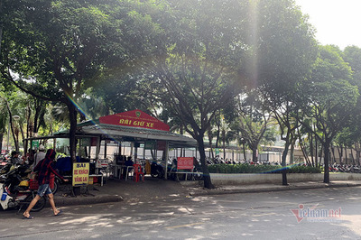 Chờ cải tạo Công viên 23 tháng 9, TP.HCM cho tồn tại 2 bãi giữ xe