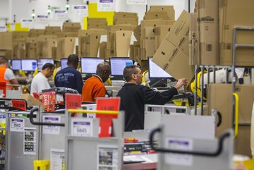 Cyber Monday expected to rake in 'record US sales'