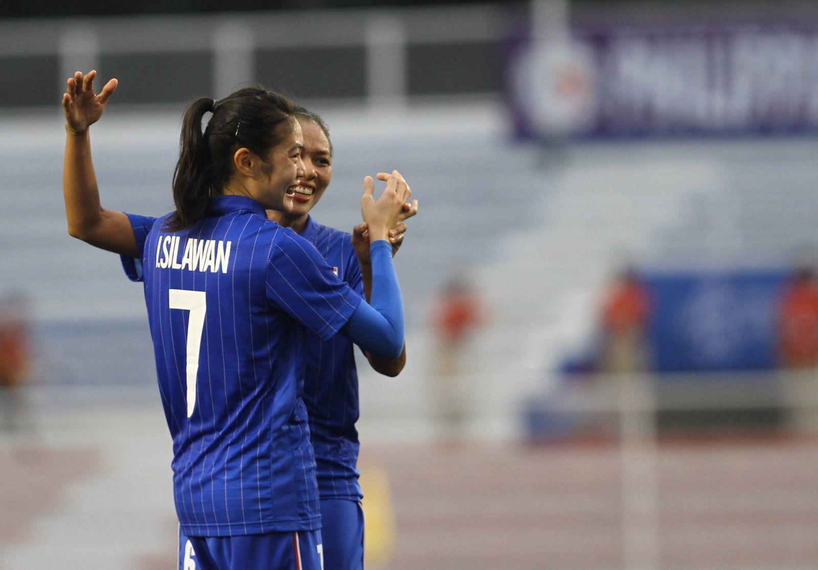 Bán kết bóng đá nữ: Việt Nam gặp Philippines