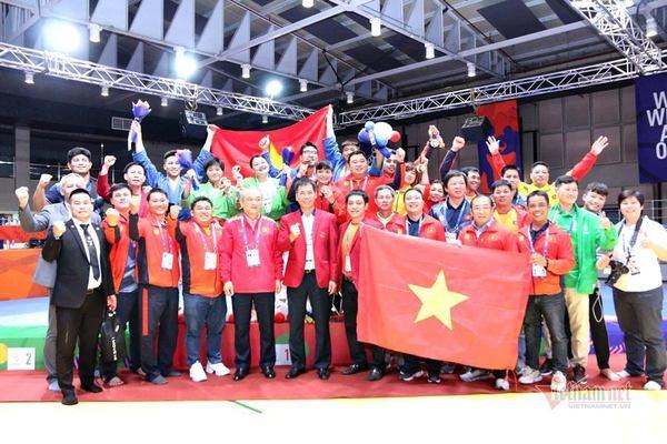 """SEA Games ngày 2/12: Kurash tạo cơn """"mưa vàng"""", Việt Nam xếp số 2"""