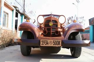 """Đã mắt chiếc xe Mercedes thể thao làm bằng gỗ chạy """"mượt"""" như thật"""