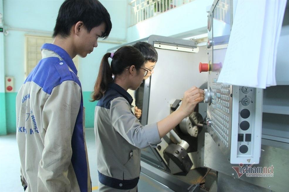 Doanh nghiệp hợp tác với cơ sở giáo dục nghề nghiệp để đào tạo nghề