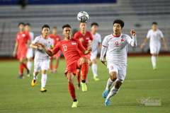 Video Hà Đức Chinh đánh đầu tung lưới U22 Singapore