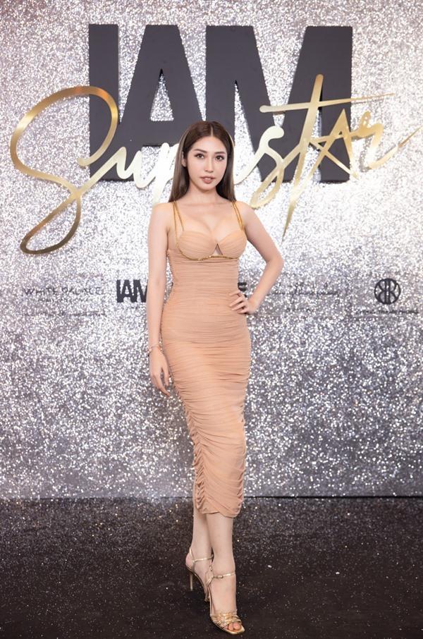 Phương Khánh, Đông Nhi cá tính dự show Chung Thanh Phong