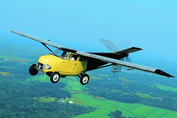 Năm 1949, thế giới đã có những chiếc ôtô biết bay