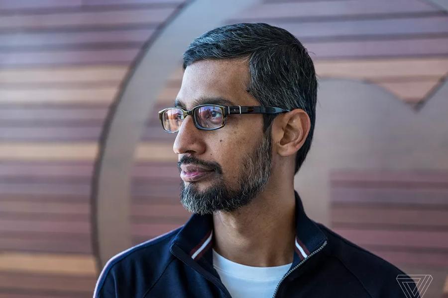 Hai đồng sáng lập Google bất ngờ từ chức