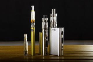 VN Health Ministry proposes e-cigarette and shisha ban