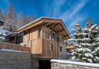 Bí mật ngôi biệt thự siêu đẹp trên đỉnh núi tuyết nhưng luôn ấm áp