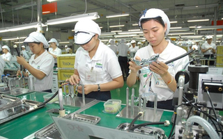 Legal overhaul urged for foreign firms to list shares in Vietnam