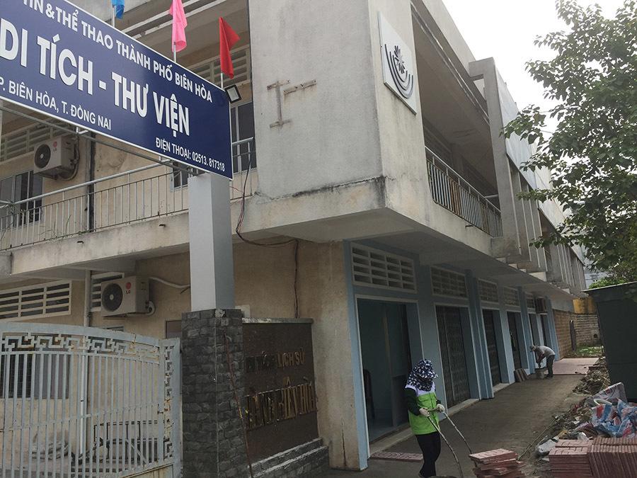 Cảnh khó tin bên trong di tích 200 tuổi ở Đồng Nai