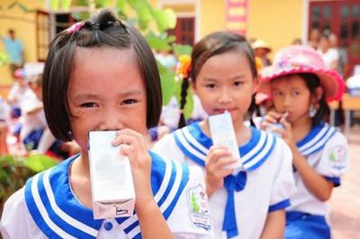Bộ Y tế chốt bổ sung 21 vi chất vào sữa học đường