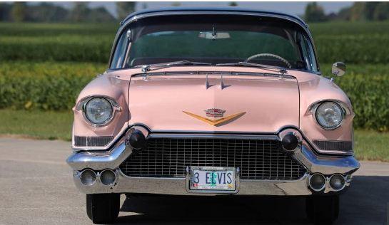 Chiêm ngưỡng chiếc Cadillac cổ màu hồng của huyền thoại Elvis Presley