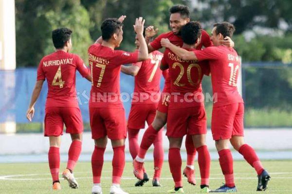 Thắng đậm Lào, U22 Indonesia đấu Myanmar ở bán kết
