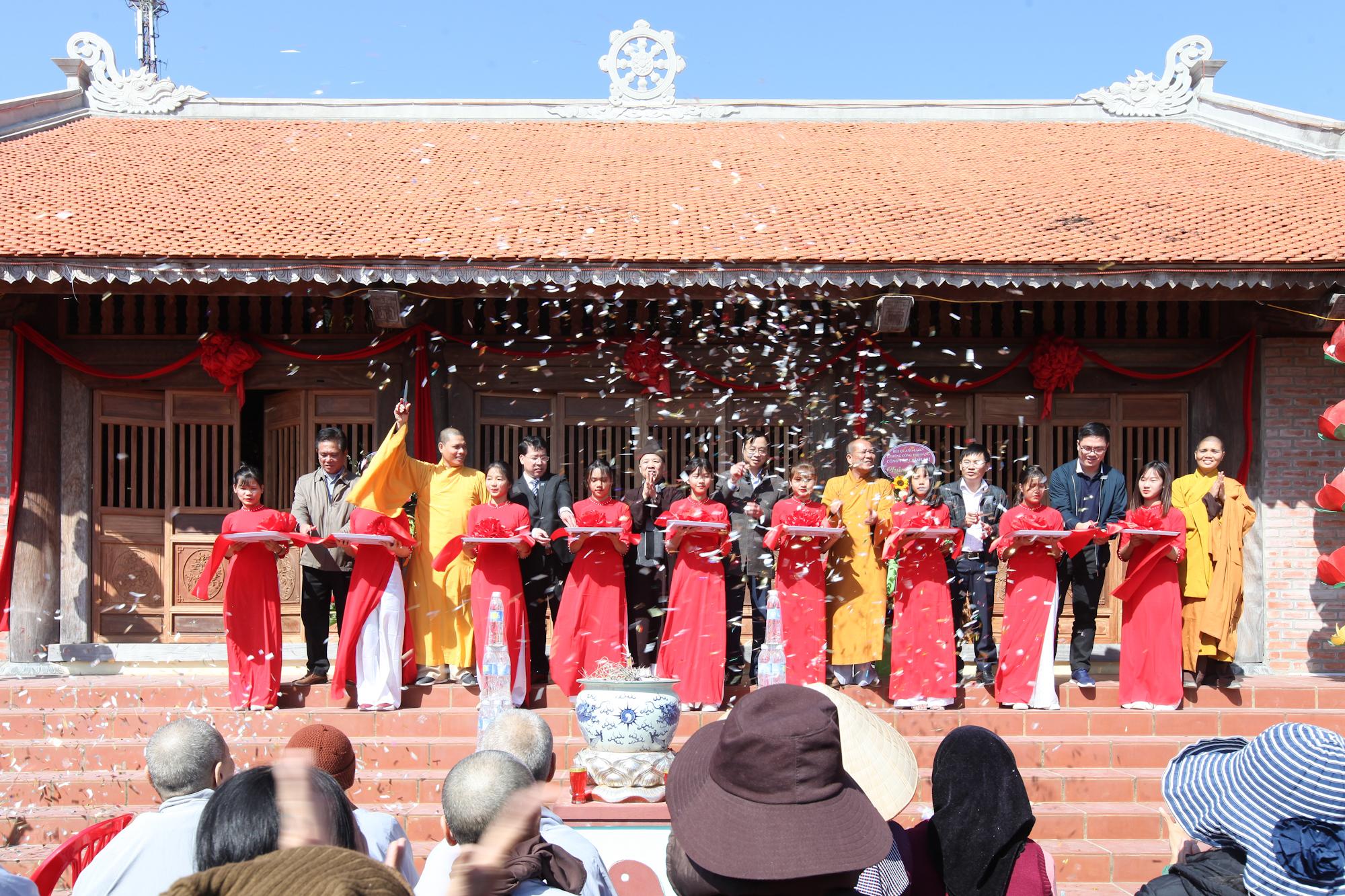 Cột mốc văn hóa tâm linh nơi biển đảo Cô Tô