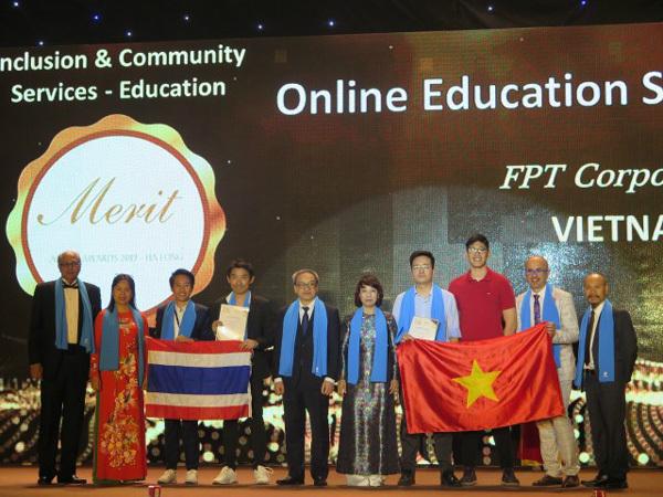 Ứng dụng công nghệ trong giáo dục: FPT nhận giải APICTA 2019