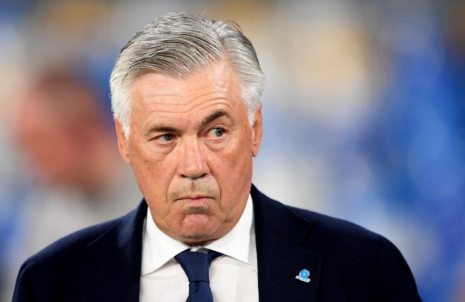 MU lấy Paredes, Arsenal đàm phán Ancelotti