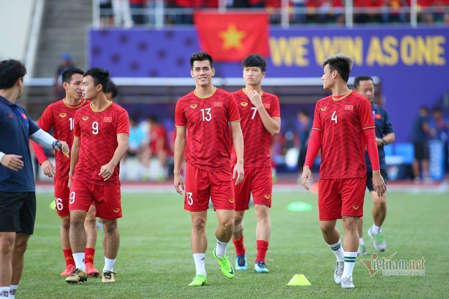 Đội hình ra sân U22 Việt Nam vs U22 Campuchia: Bùi Tiến Dũng bắt chính? - Ảnh 2.