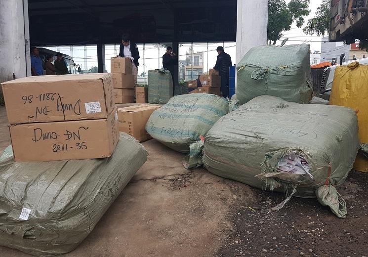 Bắt xe container chở cả kho hàng Trung Quốc không hóa đơn chứng từ