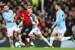 Man City vs MU: Derby không cân sức
