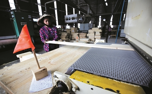 VN woodwork exports face new regulation on customs inspection