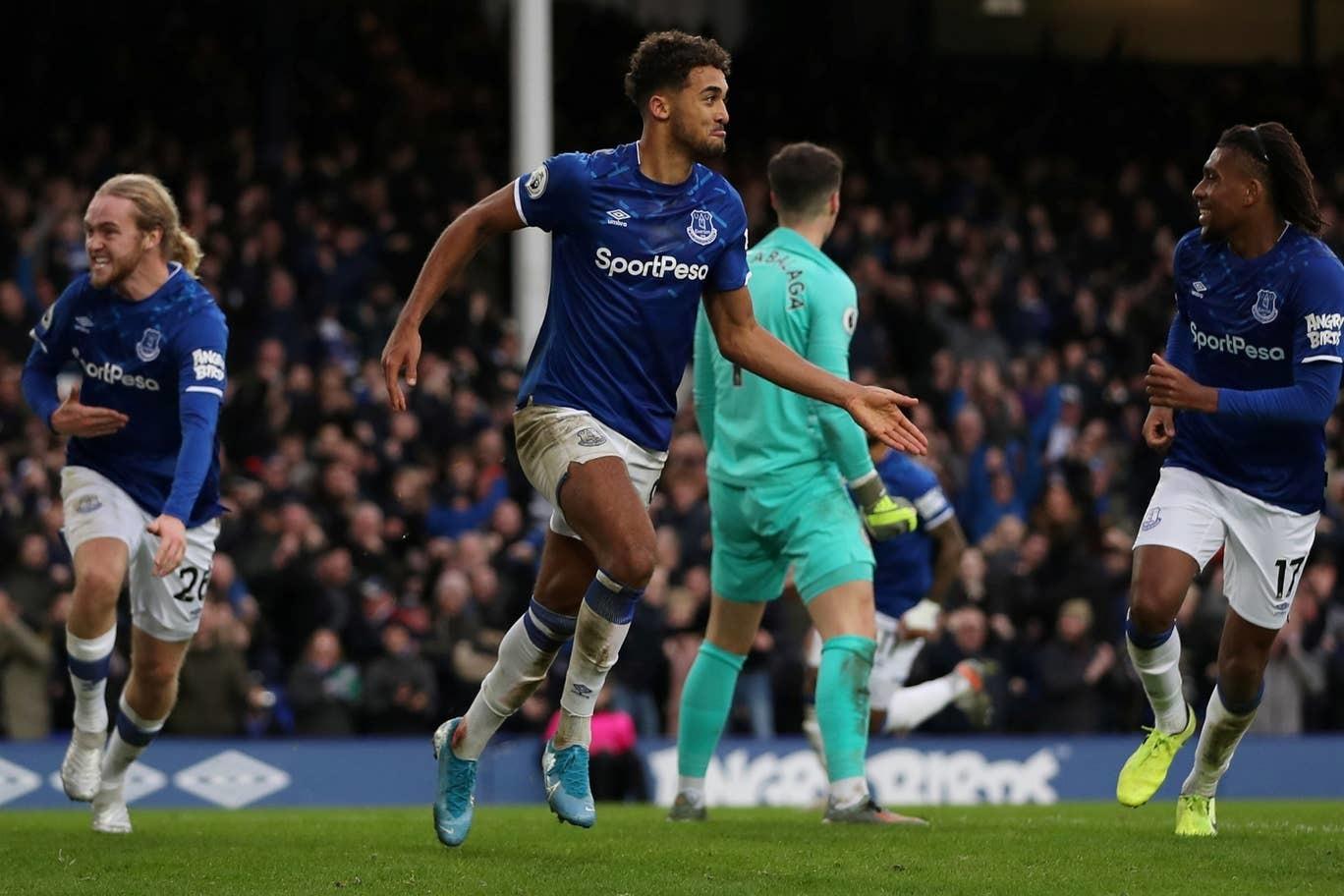 Chelsea thua bẽ bàng trên sân Everton