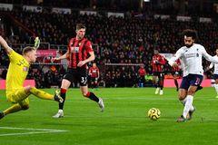 """Salah """"nổ súng"""", Liverpool xây chắc ngôi đầu"""