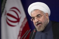 """Iran tiết lộ ngân sách """"khủng"""" chống cấm vận từ Mỹ"""
