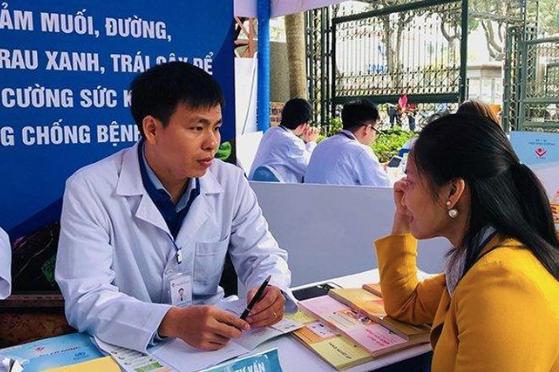 Dinh dưỡng không hợp lý, làm gia tăng nguy cơ mắc bệnh ở người Việt