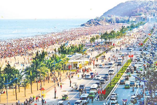 Du lịch Sầm Sơn phát triển, dự án nghỉ dưỡng đẳng cấp hút khách
